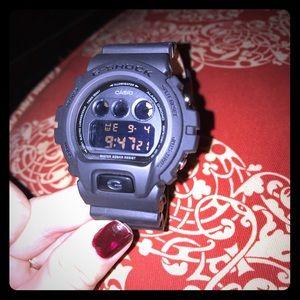 G-shock unisex matte black watch, like new!